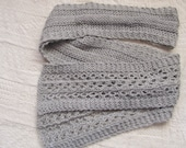 Grey wool knit scarf