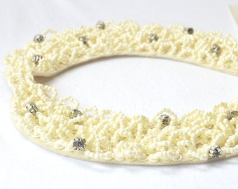 Lovely Ivory white seed bead& Rhinestone peter pan collar lace