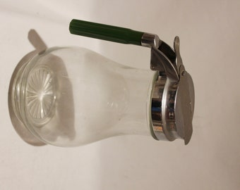 """Vintage Large 8.5"""" Green Bakelite Handle Glass Restaurant Size Syrup or Liquid Container / Serving Pitcher / Flower Bottom - Made In USA"""