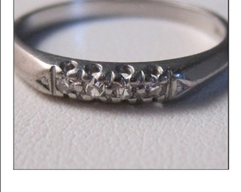 Antique Platinum 1950s 4 Diamond Wedding Band