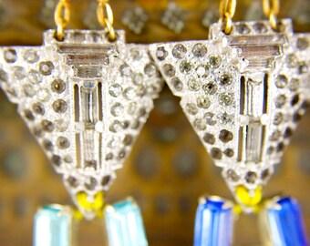 Vintage Art Deco Rhinestone Crystal Navajo Southwestern Clip Gold Chain Chandelier Earrings