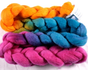 Hand dyed fine merino wool tops for spinning or felting - long colour repeat - Barrier Reef