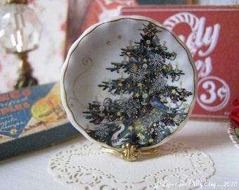 Royal Christmas Tree Dollhouse Plate