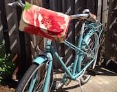 Bicycle Handlebar Bag in Garden Rose