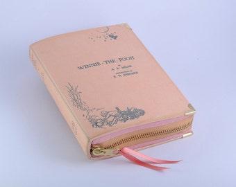 Winnie the Pooh Book Clutch