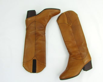 Vintage 1970s Womens Tall Leather Boots 8 - 8.5 in Honey Brown - Western Riding Boots