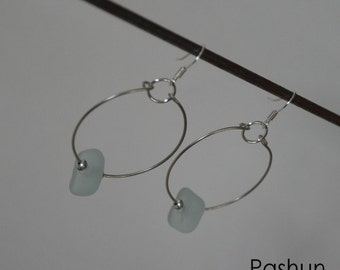 Seashell Jewelry ... Simple White Glass Bead Hoop Earrings (0426)