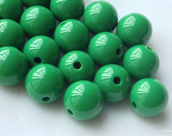 10 mm Opaque Dark Green Grass Color Round Shape Candy Acrylic Beads. (.ma)