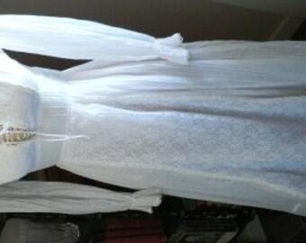 vintage wedding ... VINTAGE Bride 70s CLASSIC Juliet Hippy Wedding Dress  ... vintage wedding
