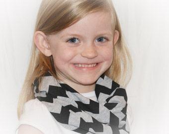 Kids Gray Grey and Black Chevron Toddler Girls Kids Jersey Knit Infinity Scarf Zig Zag Scarves