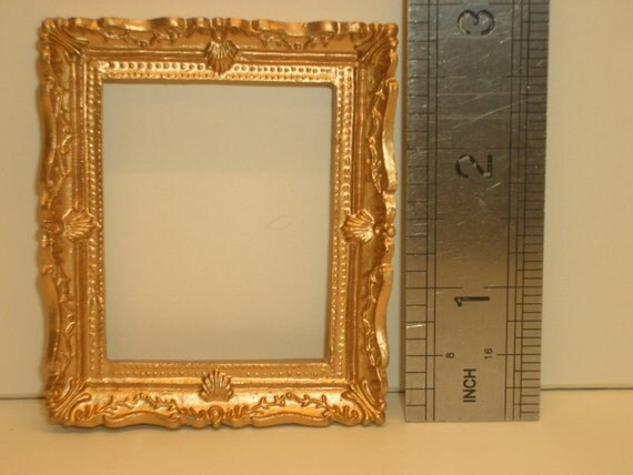 Large Gold Frame Mirror: 1:12th Large Gold Picture/Mirror Frame Dolls House Miniature