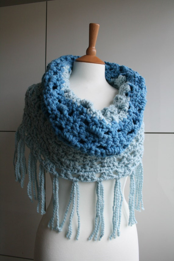 Chunky Crochet Poncho Free Pattern : Items similar to Crochet Pattern, super chunky cowl ...