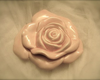 Shabby pink rose jewelry box,  roses jewelry box, rose trinket box , wedding ring box