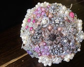 Brooch Bouquet - Lowest price on Etsy!
