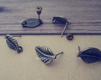 20pcs  antique bronze leaves ear hooks base 11mmx16mm