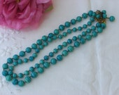 Necklace - Glass Beads - Vintage