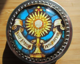 Item#11 ~ Gold Monstrance stained glass window decorated rosary tin rosary case first communion gift for boy or girl, first communion favor