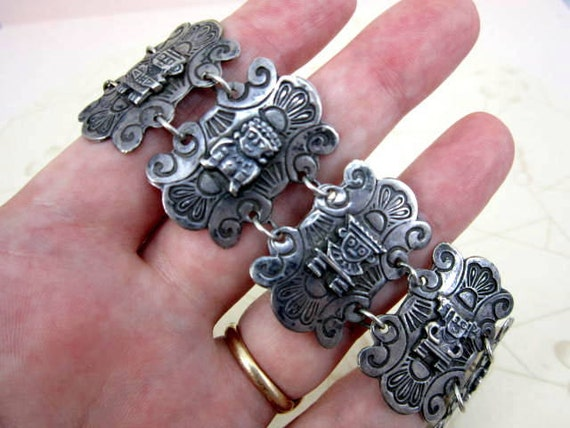 CLEARANCE SALE 960 high grade silver Peruvian old heavy panel bracelet - vintage storyteller warrior bracelet - box clasp