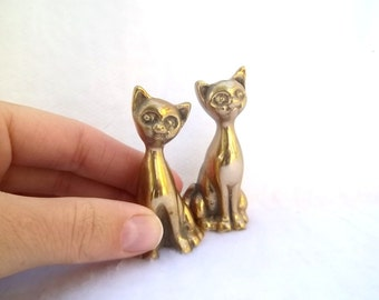 Vintage Brass Cats Figurines Cat Collection