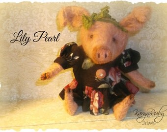 PDF EPattern  to make 7.5 inch Pig 'Lily Pearl'  Vintage Style  Mohair  by Artist KarynRuby