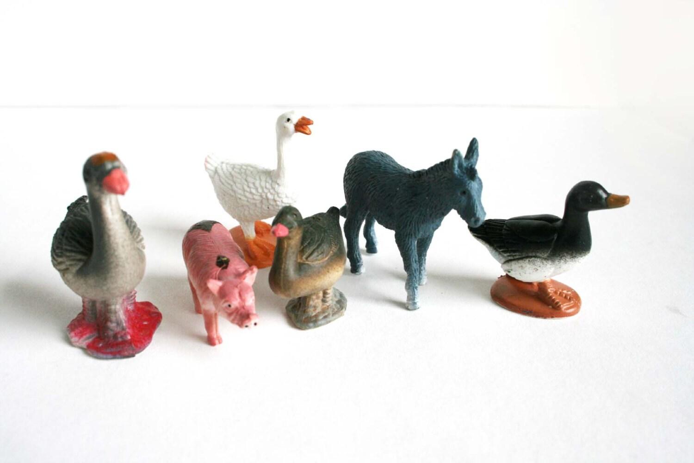 Farm Animal Toys : Toy farm animals lot of small plastic ducks pig donkey