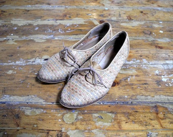 womens woven leather lace up shoes // size 8