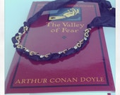"Sherlock Holmes ""The Valley of Fear""  - Plot Twist Necklace"