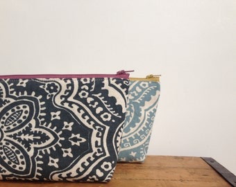 Zipper Pouch, Dark Gray Damask, Cosmetic Pouch, Makeup Bag, Mauve Zipper, Pencil Case, Toiletry Purse
