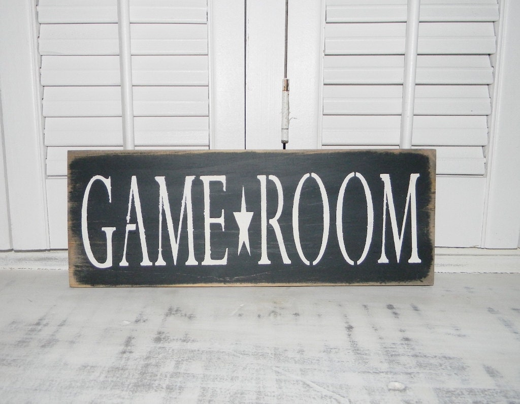 game room sign country rustic decor signs. Black Bedroom Furniture Sets. Home Design Ideas