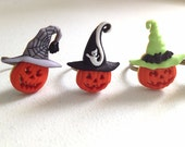 Jack-O-Lantern Pumpkin Ring. Halloween Jewelry. Adjustable Brass Ring. Cute. Kawaii. Fun. Spooky. Holiday Jewelry. Witch Hat. Ghost. Green.