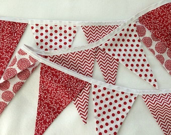 RED FABRIC GARLAND -- Christmas party pennant flag banner -- birthday fabric bunting -- pennant garland – Valentine party -- 9 feet