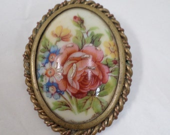 Vintage French Hand Painted Limoges Brooch  w444