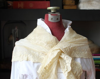 Antique Victorian Shoulder wrap /  Bridal Shoulder wrap