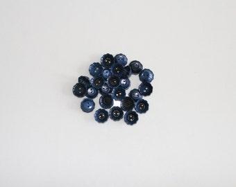 SALE / Vintage blue flowers buttones, Set of 29 vintage sewing buttons