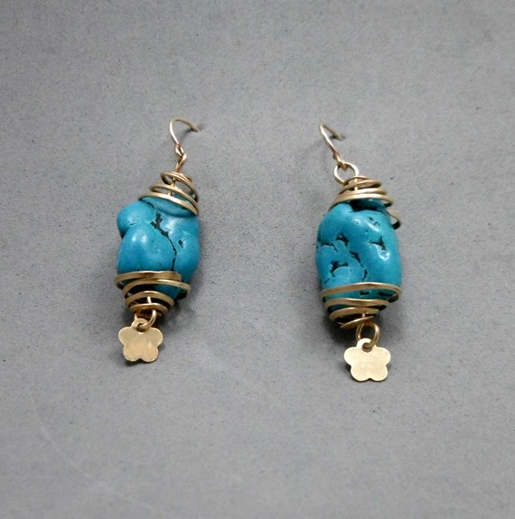 Turquoise Earrings, Dangle, Spiral Gold Filled Wires Clamping a Stone, Dangling Flower Charm, Casual