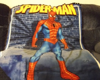REDUCED PRICE - Spiderman Fleece Fringed Blanket