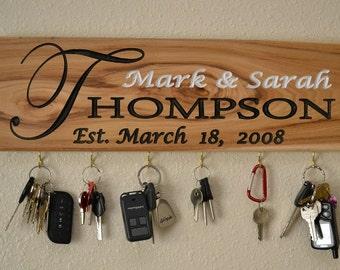 Key Holder Personalized sign, Personalized Name Sign, Wedding gift idea, Housewarming, Wedding Gift, Anniverssary, Key Hanger, Bridal Shower