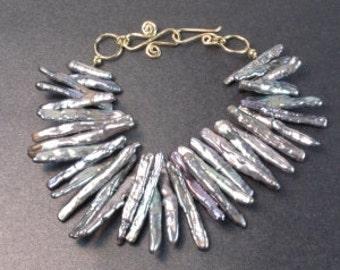 Dark Pewter Biwa Pearl Bracelet 56