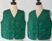 Vintage Asian Vest / Green Floral Quilted Reversible Calico Print Vest / Asian Knots / Size Large