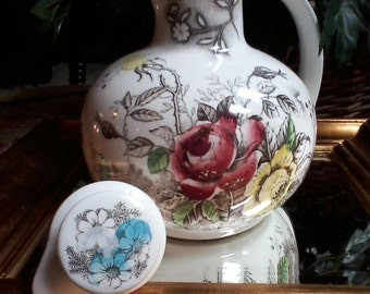 Nasco Rosevine Pitcher with Lid