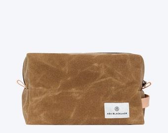No. 11 - Waxed Canvas Dopp Kit, Mens Toiletry Bag, Shaving Kit, Mens Wash Bag, Waxed Canvas Pouch, Travel Dopp, Sage