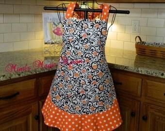 Womens Full Size Apron / Retro Apron / Handmade Apron / Full Designer Kitchen Apron / Halloween Apron