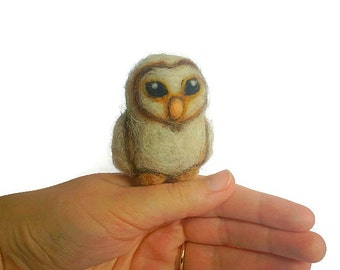 Needle Felted Barn Owl, Baby Owl Soft Sculpture (Seraphine)