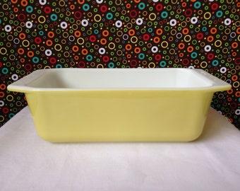 Pyrex - Loaf Pan - Yellow -  813 -