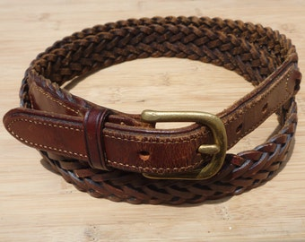 CLASSIC Vintage LL Bean Braided Brown Woven Leather Trad / Ivy League Belt Size 40.  Made in USA.