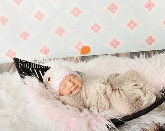 Newborn Baby Pink and White Hat with Star