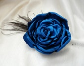 Royal Blue Hair Flower, Cobalt Blue Fabric Flower, Bridesmaid Flower Hair Clip, Blue Feather Headpiece, Wedding Mother Gift - TwoCatsAndAnOwl