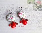Romantic earring, Red Pink Dangle, Floral earrings, Sahbby Chic earring, Facet bead earrings