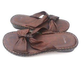 All Leather CLARKS strappy sandals 7B