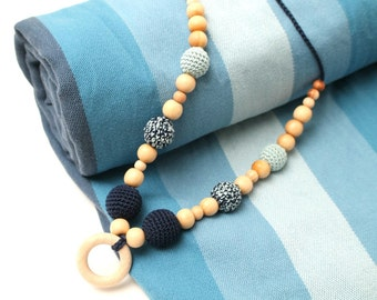 Eco-Friendly Nursing Juniper necklace with wooden ring pendant, Breastfeeding Teething necklace in blue and teal